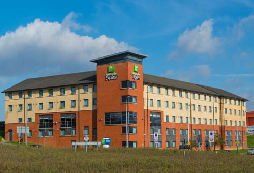 Holiday Inn Express London Luton Airport Cover Picture