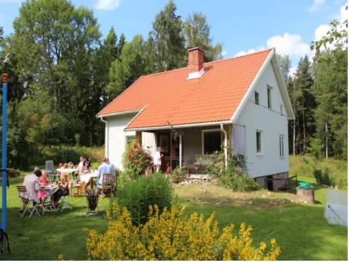 Krösarödjan Cottage Cover Picture