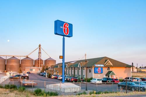Motel 6 Snake River Cover Picture