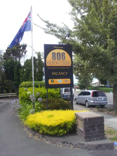 806 Motor Lodge Cover Picture