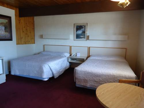 Voyageur Motel Cover Picture