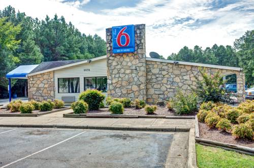 Motel 6 Fayetteville Cover Picture