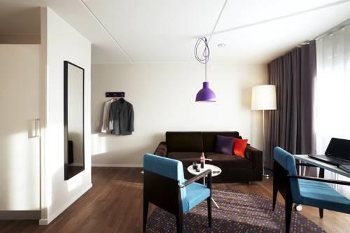 Hotel Finn Cover Picture