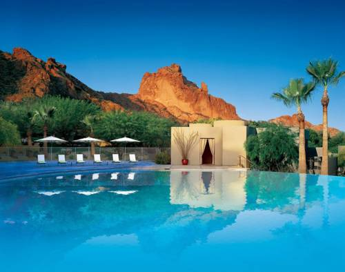 Sanctuary Camelback Mountain Cover Picture