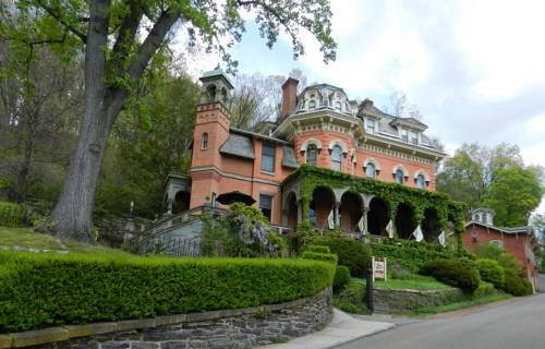 The Harry Packer Mansion Inn Cover Picture