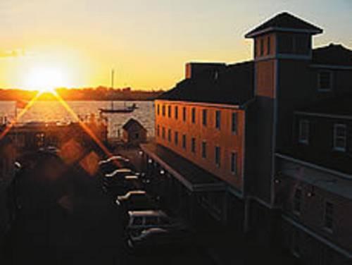 Bristol Harbor Inn Cover Picture