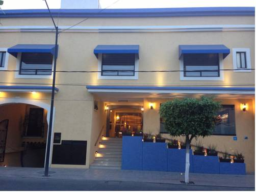 Hotel CR Tehuacan Cover Picture