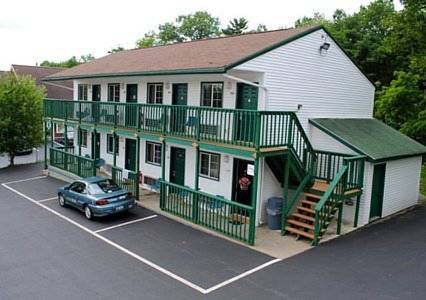 EconoLodge Lake George Cover Picture