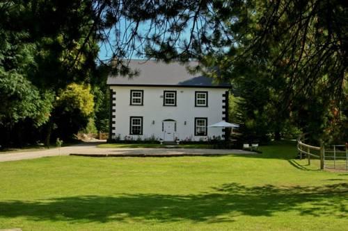 Ashton House Cover Picture