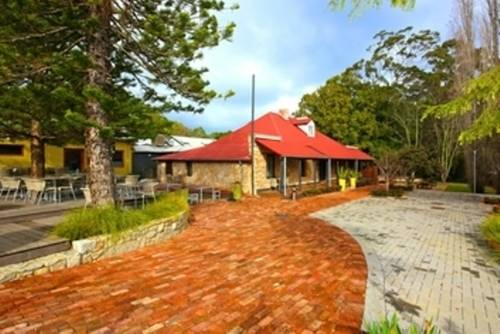 The Inn Mahogany Creek Cover Picture