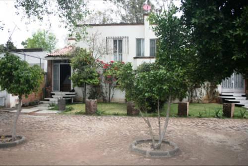Villas de los Abuelos Cover Picture
