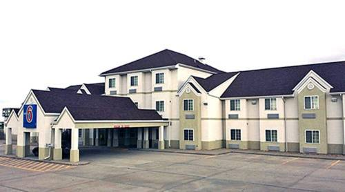 Chadron Inn & Suites Cover Picture