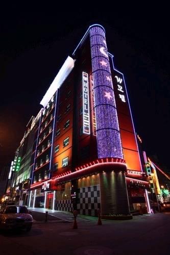 W Motel Seongnam Cover Picture