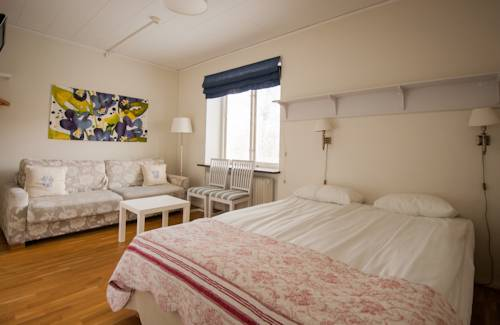 Slottshotellet Budget Accommodation Cover Picture