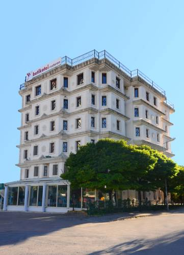YV Hotel Cover Picture