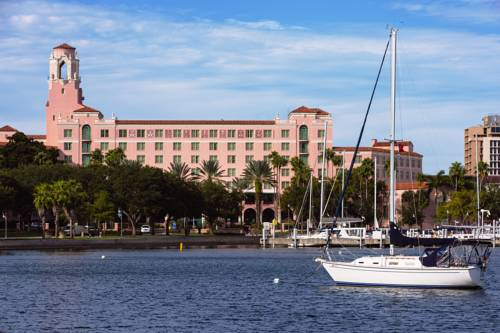 The Vinoy® Renaissance St. Petersburg Resort & Golf Club Cover Picture