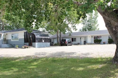Wheatland Motel Cover Picture