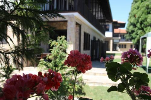 Guest Houses Kedar Cover Picture
