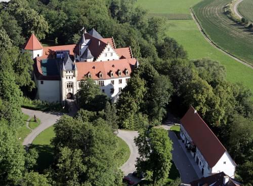 Schlosshotel Götzenburg Cover Picture