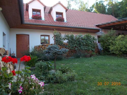 Homestay Výrovice Cover Picture