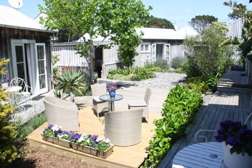 Mangawhai Chalets Cover Picture