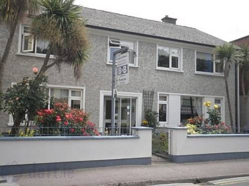 Leahys Lee House Youghal Cover Picture
