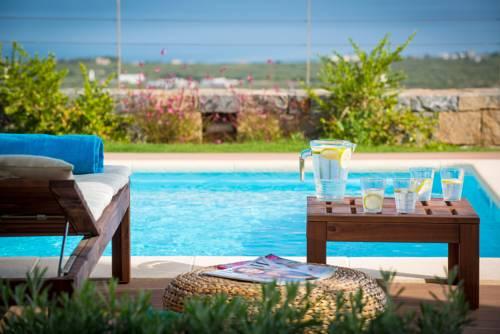Carobee Villa Cover Picture
