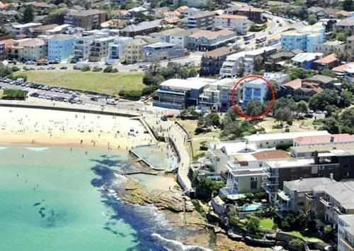 Bondi Beachfront Studio - A Bondi Beach Holiday Home Cover Picture