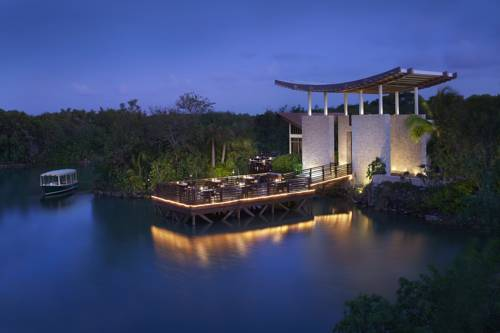 Banyan Tree Mayakoba Cover Picture