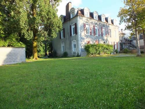 Le Trianon de Salies Cover Picture