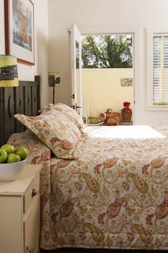 Sonoma Creek Inn Cover Picture