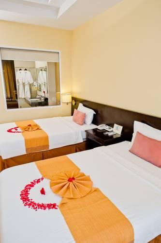 Thanatthicha Buri Lake Resort & Spa Cover Picture