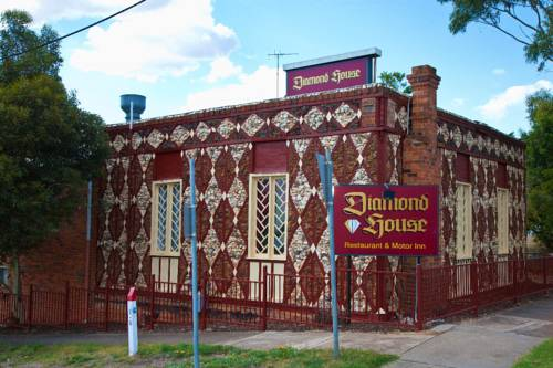 Diamond House Heritage Restaurant and Motor Inn Cover Picture