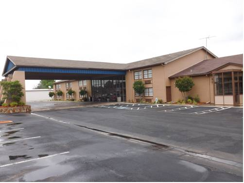 River Valley Inn & Suites Cover Picture