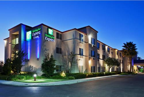 Holiday Inn Express & Suites Tracy Cover Picture