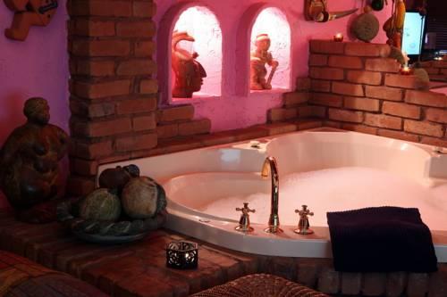 Mariaggi's Theme Suite Hotel & Spa Cover Picture