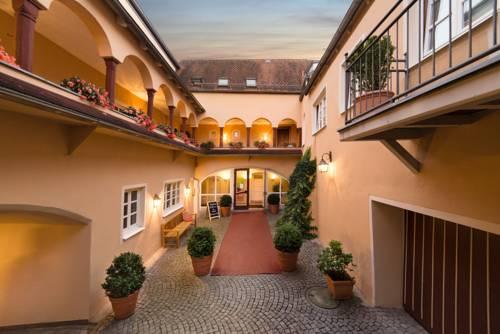 Hotel Münchner Hof Cover Picture