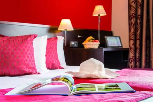 Hôtel Résidence & Spa Vacances Bleues La Villa du Lac Cover Picture