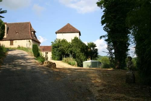 Hameau de Ladouch Cover Picture