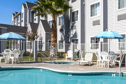 Microtel Inn & Suites Modesto Cover Picture