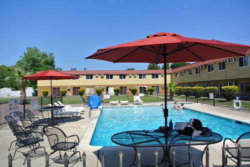 Riverbank Inn Red Bluff / South of Redding Cover Picture