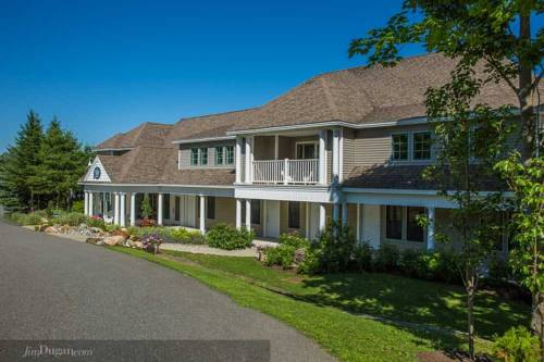 Island View Inn Cover Picture
