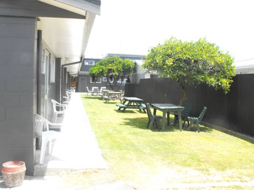 The Magpie-Hawkesbay Motel Cover Picture