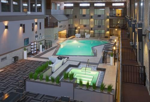 Sandman Hotel & Suites Kelowna Cover Picture