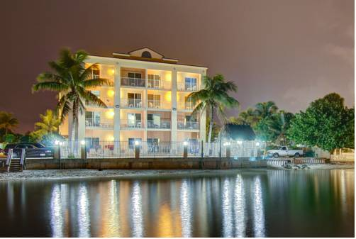 Hutchinson Island Plaza Hotel & Suites Cover Picture
