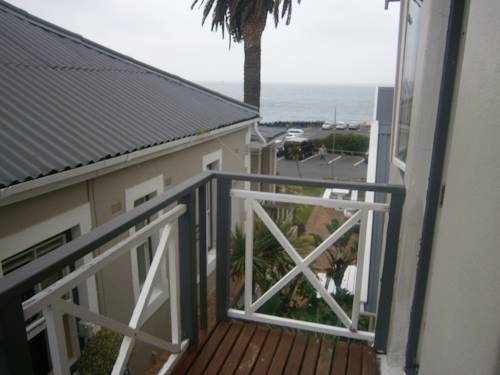 Boulders Beach Lodge and Restaurant Cover Picture