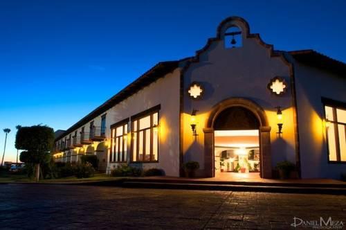 Hacienda Bajamar Cover Picture