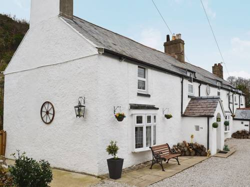 Bryn Euryn Cottage Cover Picture