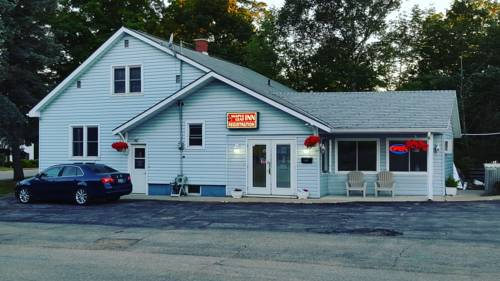 Maple Leaf Inn Cover Picture