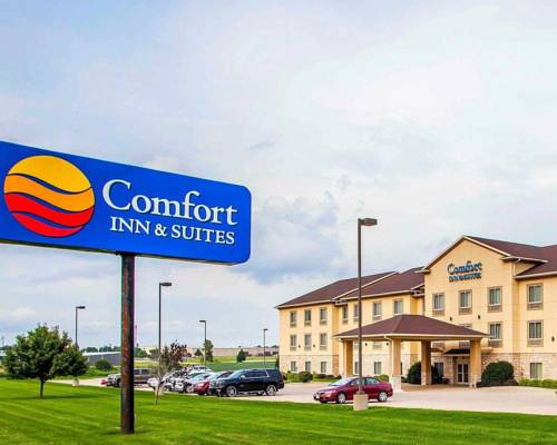 Comfort Inn & Suites Grinnell Cover Picture